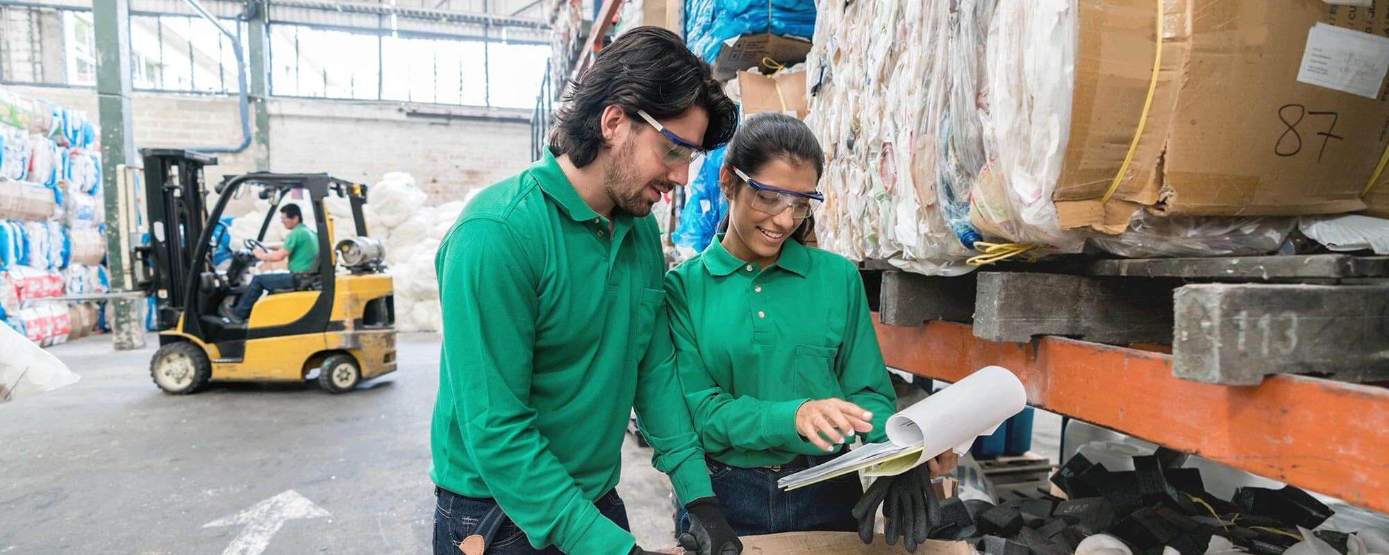 Notre centre de tri avec tri optique permet de mieux séparer les déchets.