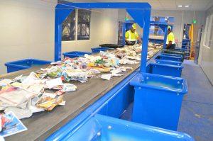 Serrand Recyclage ouvre ses portes pour une visite de l'entreprise pour les adhérents AEPV.